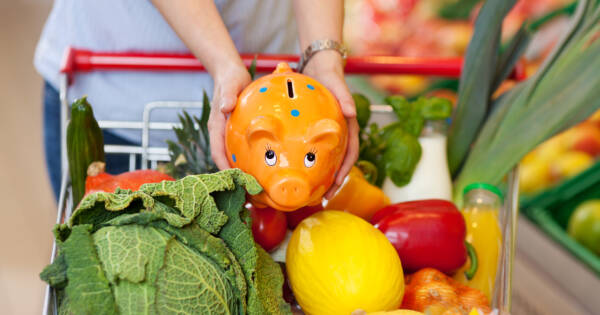 12 Smart Grocery Shopping Tips to Save on Food