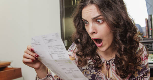 Should You Pay Up Front or Over Time? How to Handle a Large Bill