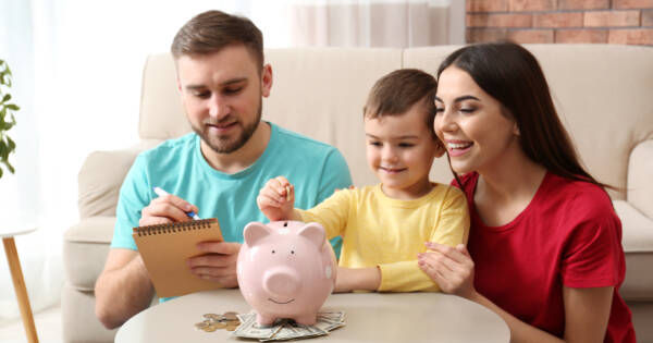 Important Financial Advice Every New Parent Should Follow