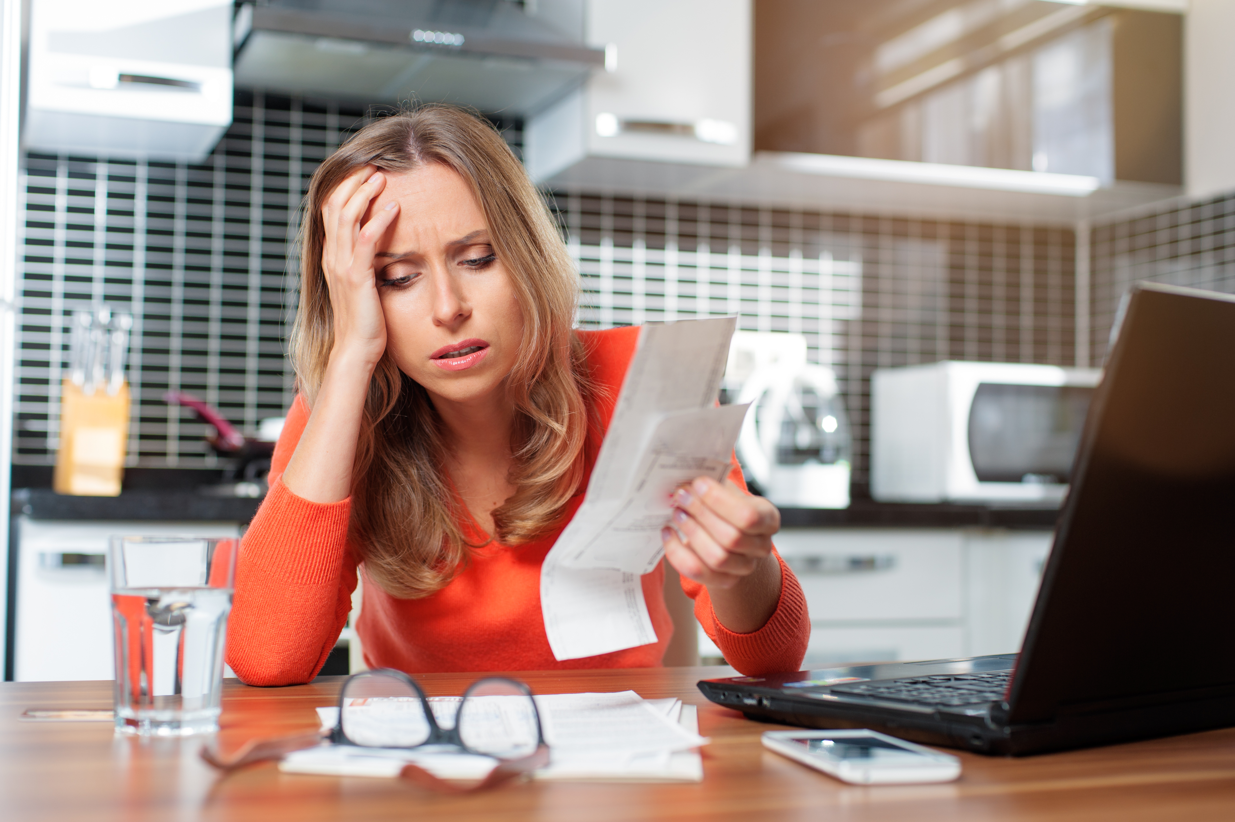 Woman with bad credit