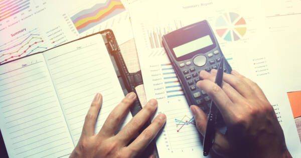 Calculating overhead costs