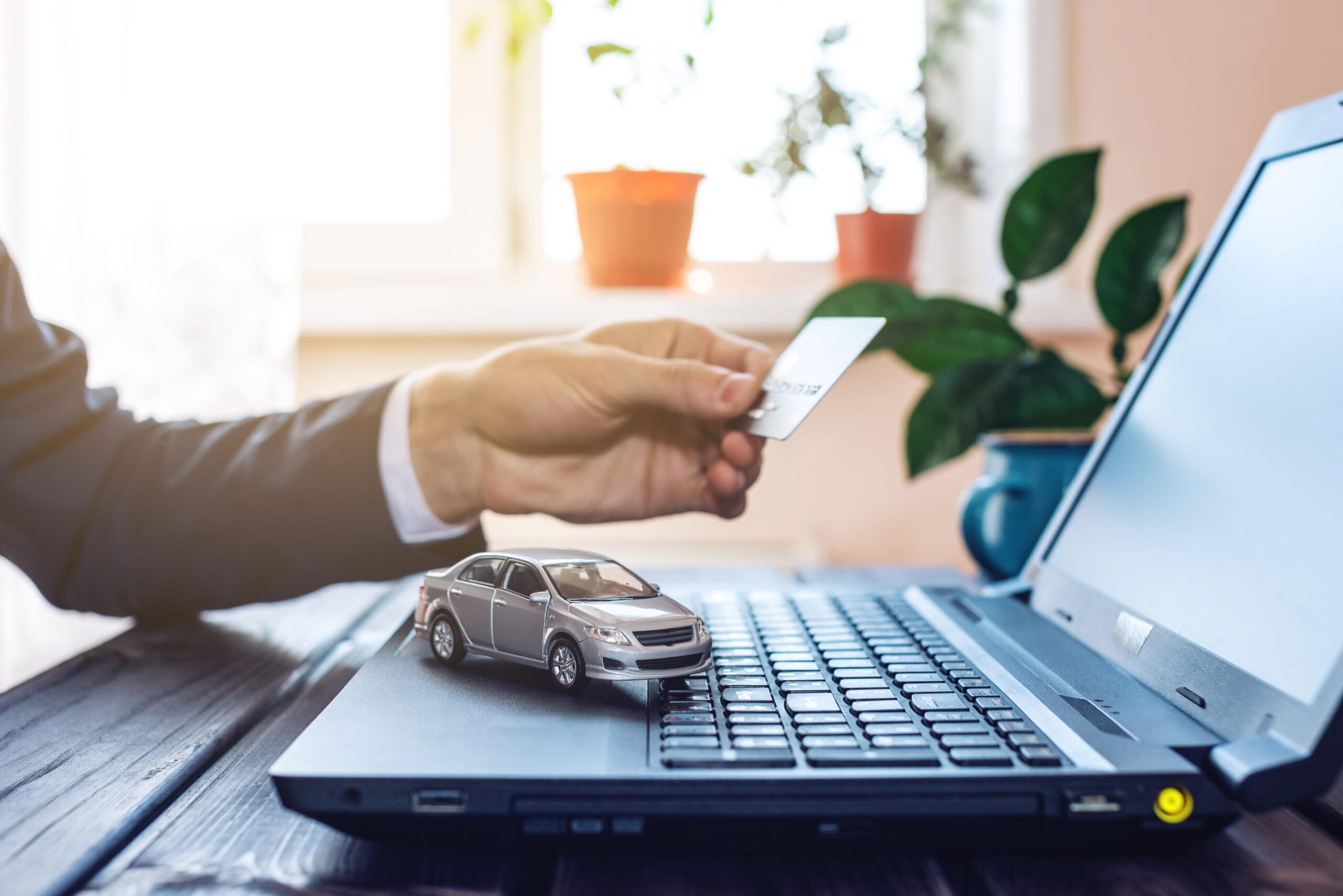 Man buying car online from another state